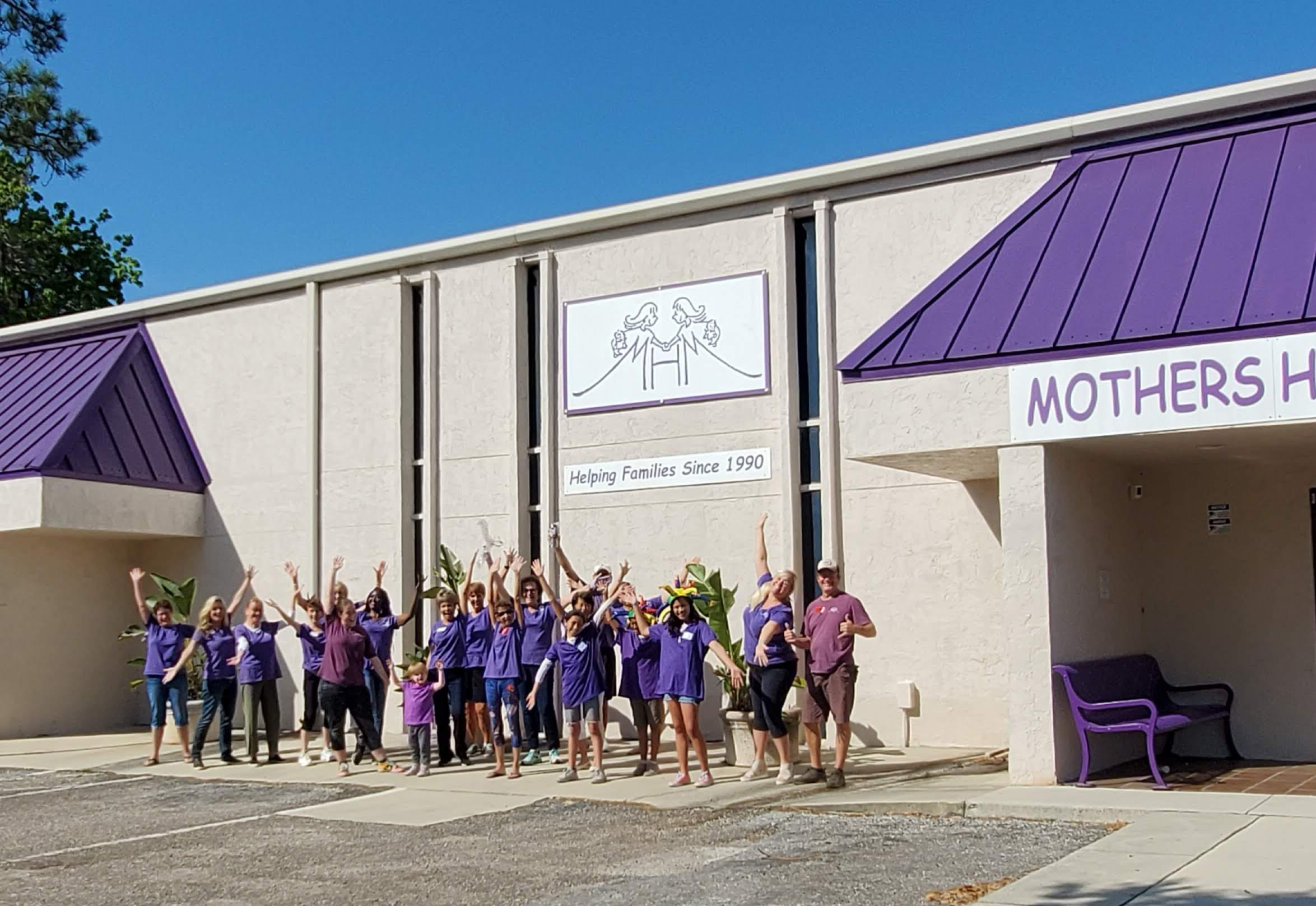 A Grassroots Effort Expands to Help Moms Support Moms